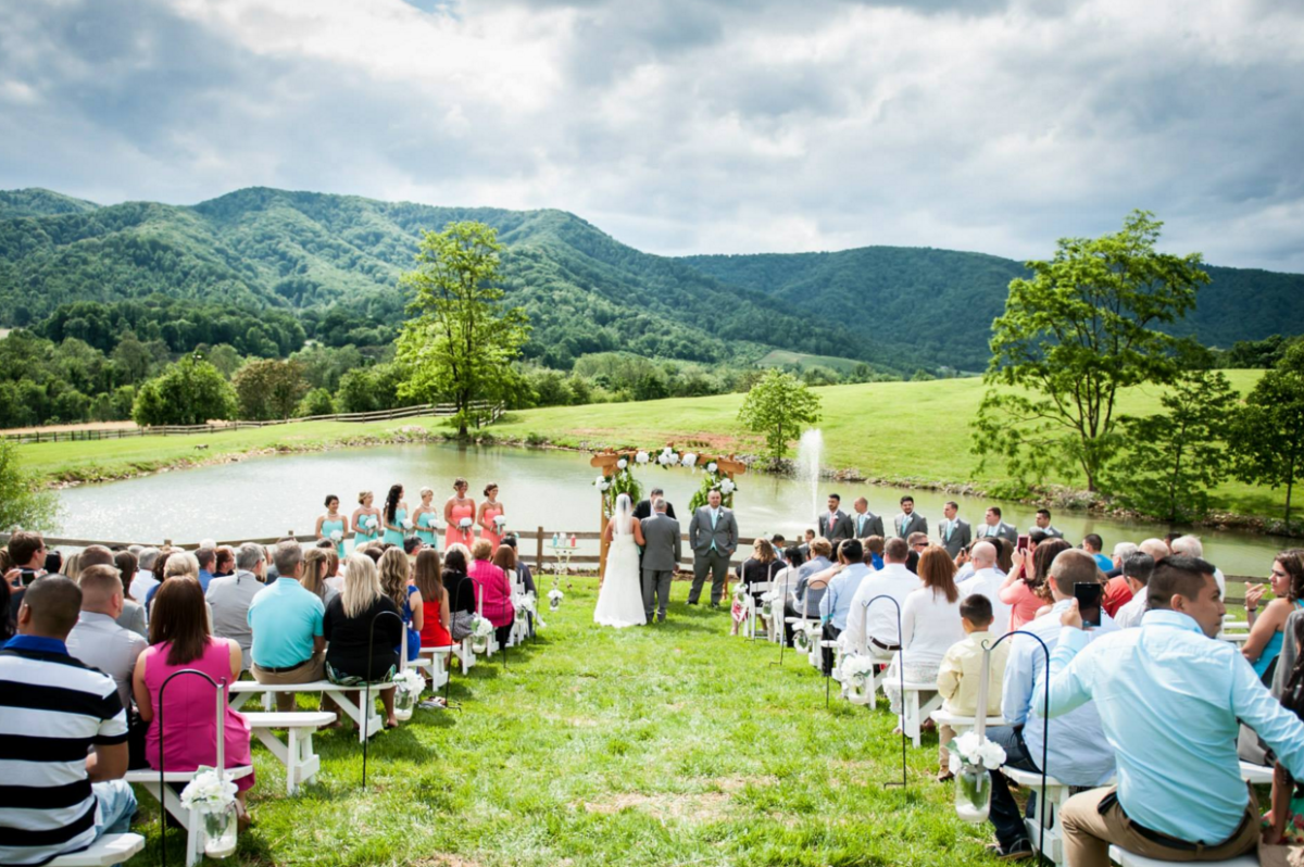 Mountain Wedding Venues: 8 Unique Blue Ridge Mountain Wedding Venues In Virginia