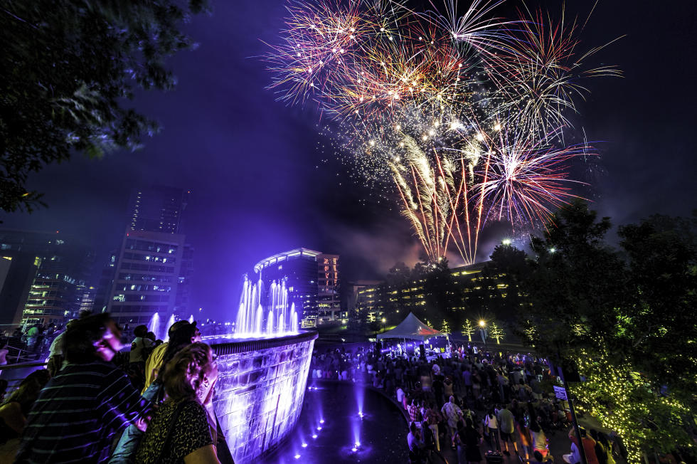 Fireworks at the Waterway in the Woodlands