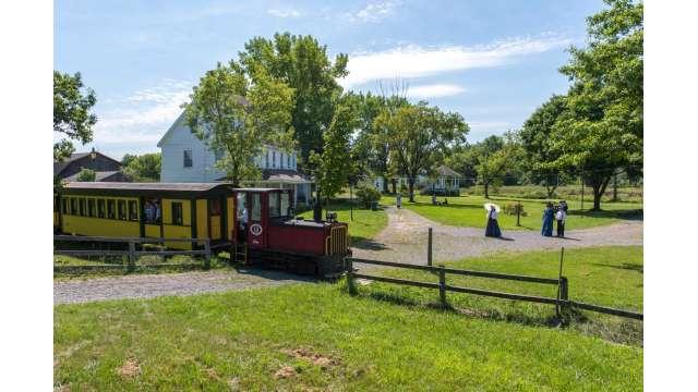 Erie Canal Village 536