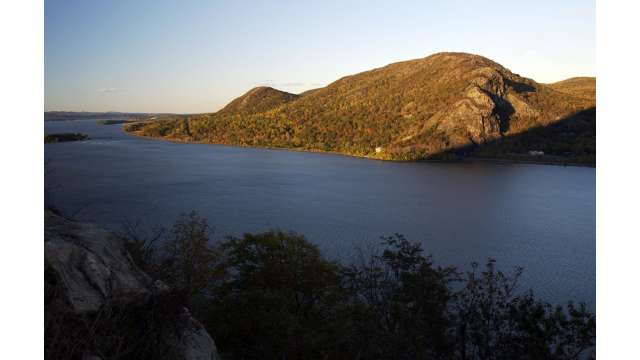 View of Breakneck Ridge-Hudson from Storm King Mountain 1137