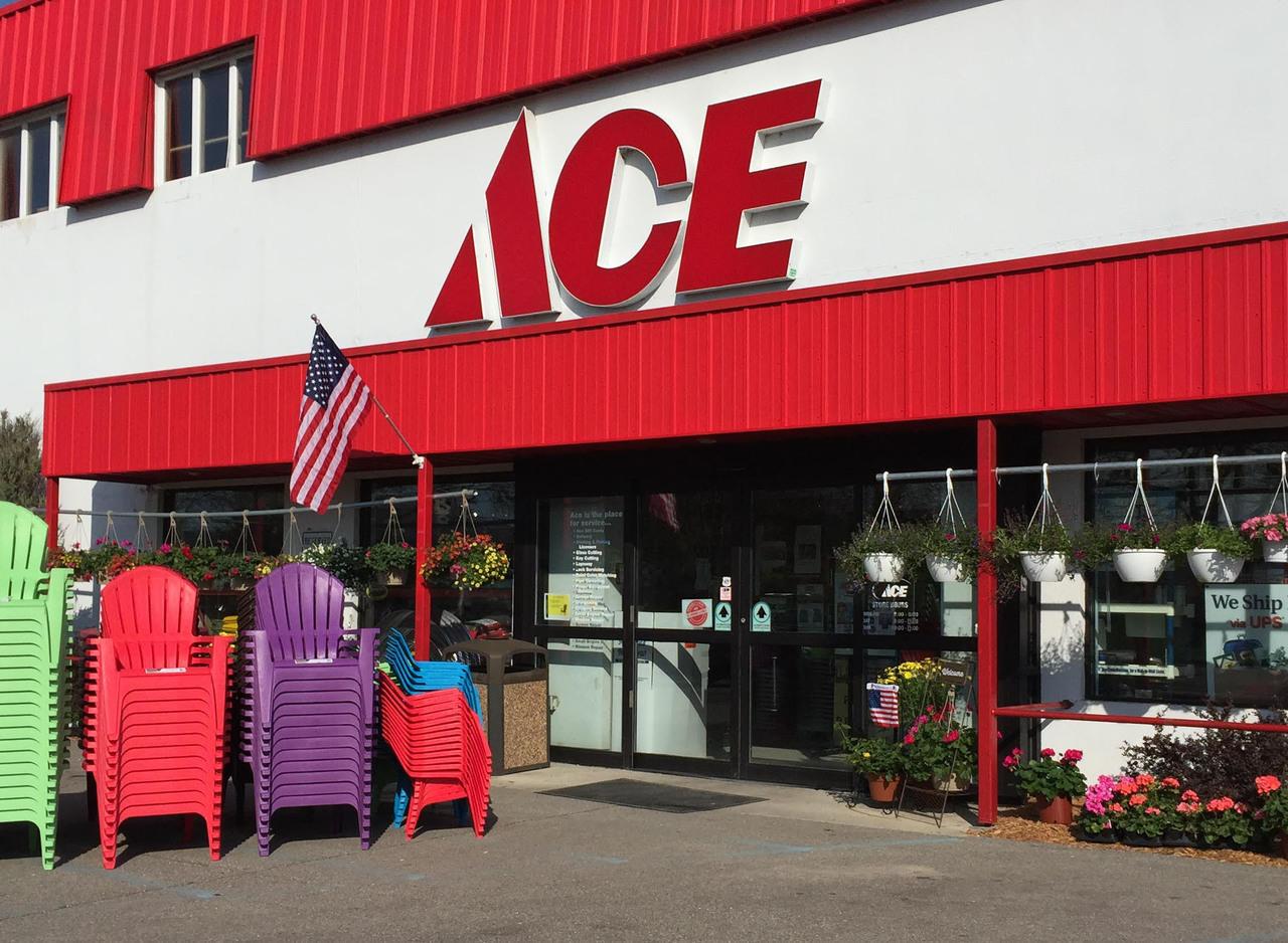 Woodside Ace Hardware, Essexville, MI, 48732