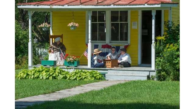 Erie Canal Village 538