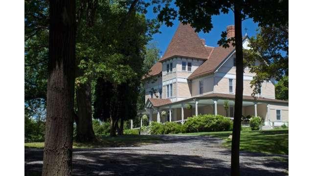 Mount Merino Manor