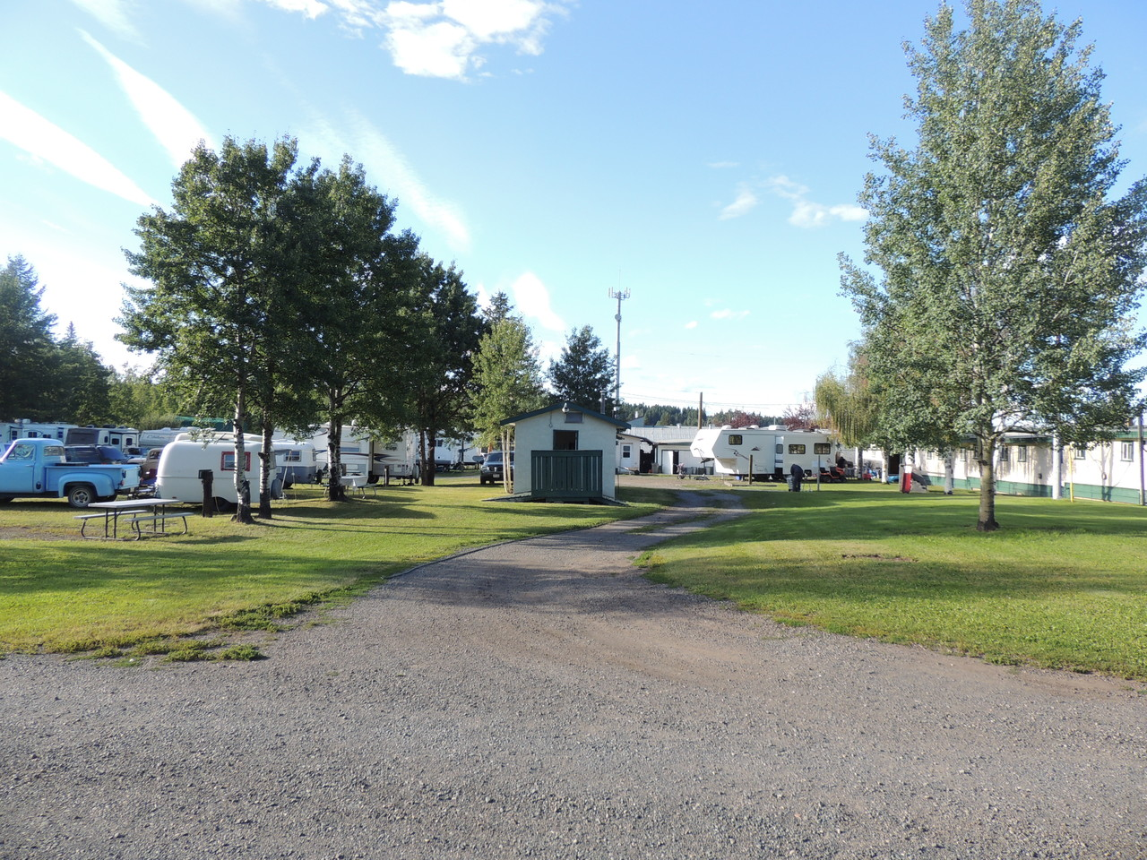 100 Mile Motel RV Park