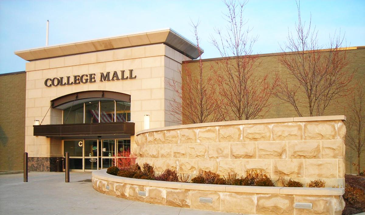 College-Mall_4491cebb-5056-a36a-069df8e940da65fa.jpg