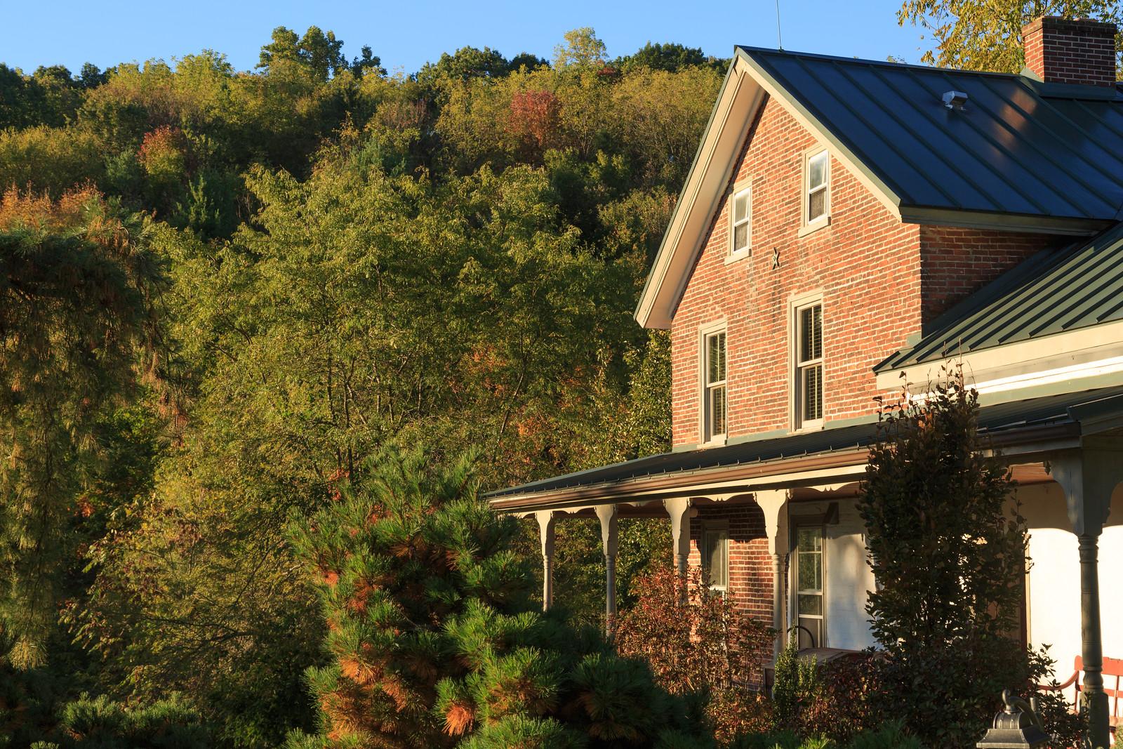 Glasbern | Fogelsville, PA 18051