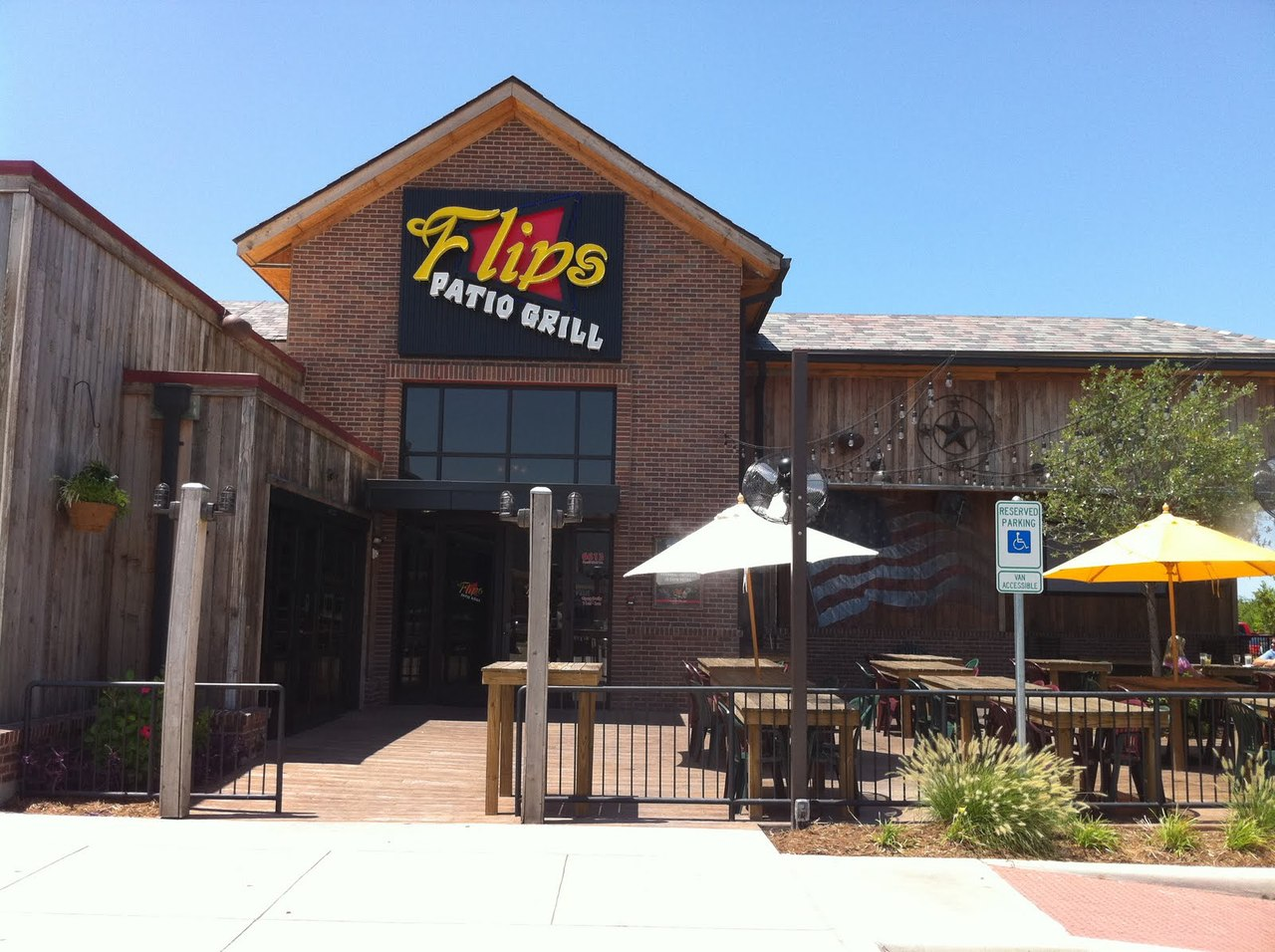 Flips Patio Grill | Fort Worth, TX 76137-6580