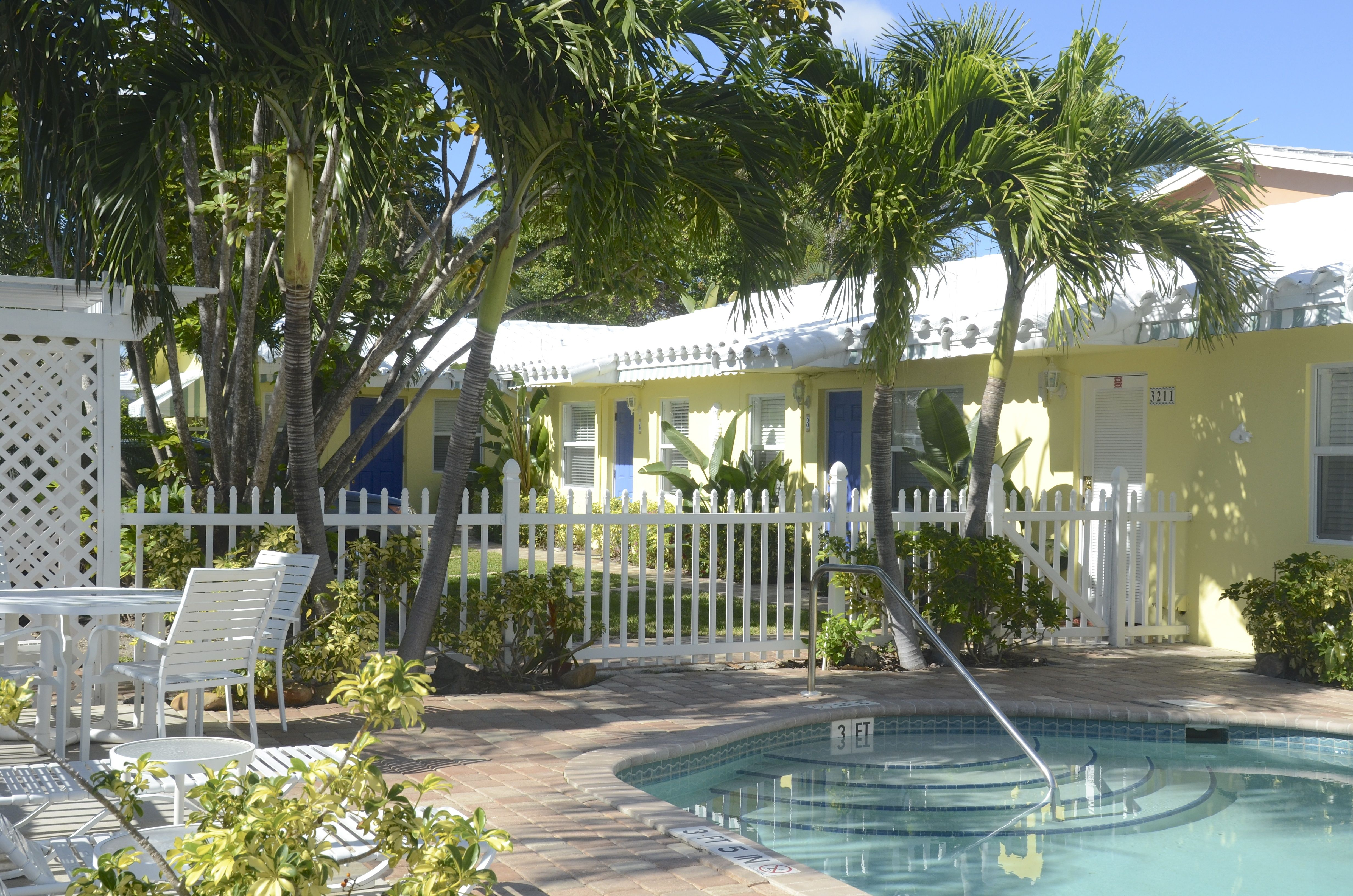 BAHAMA BEACH CLUB | Pompano Beach, FL 33062