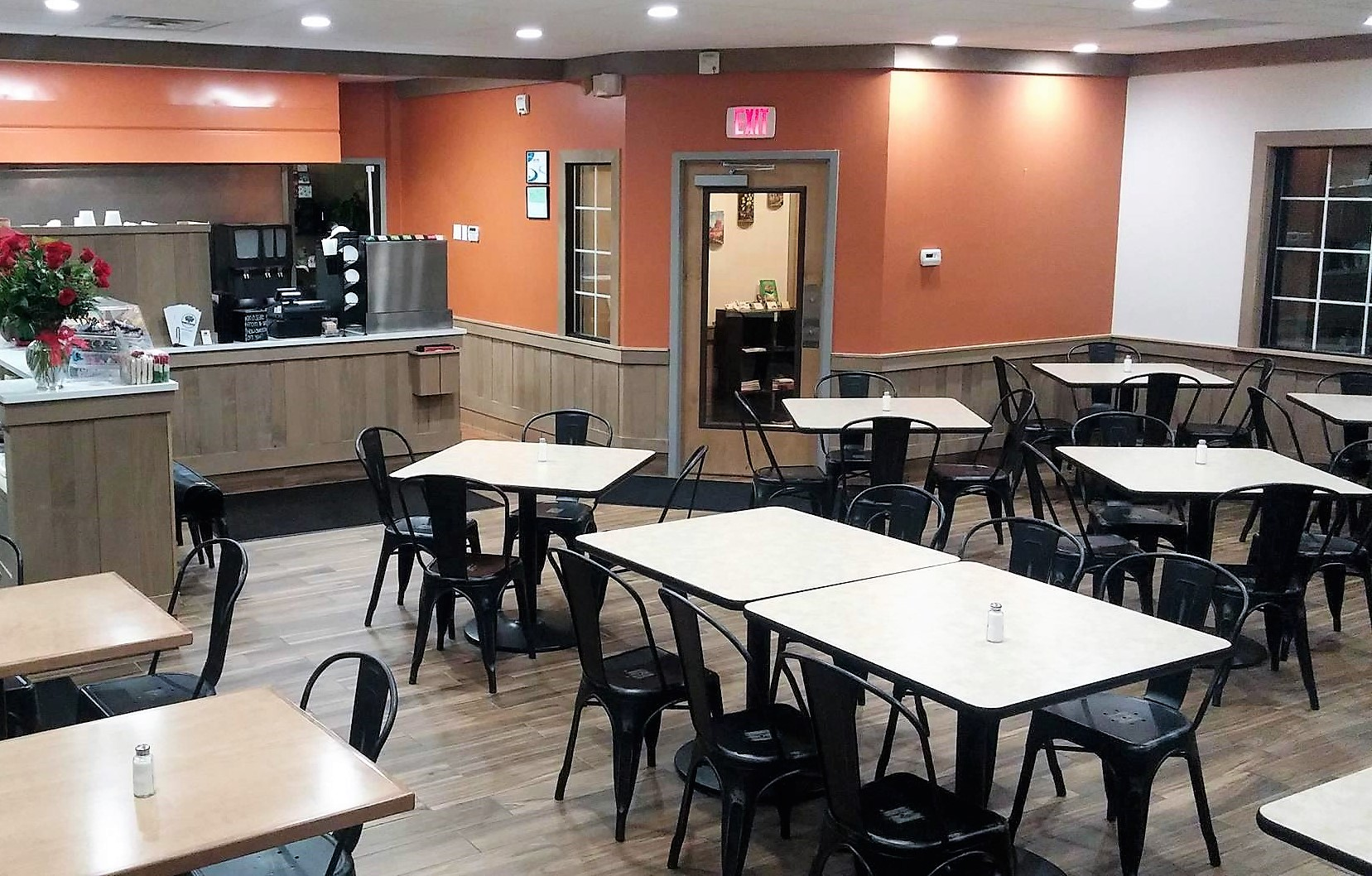 kendall college dining
