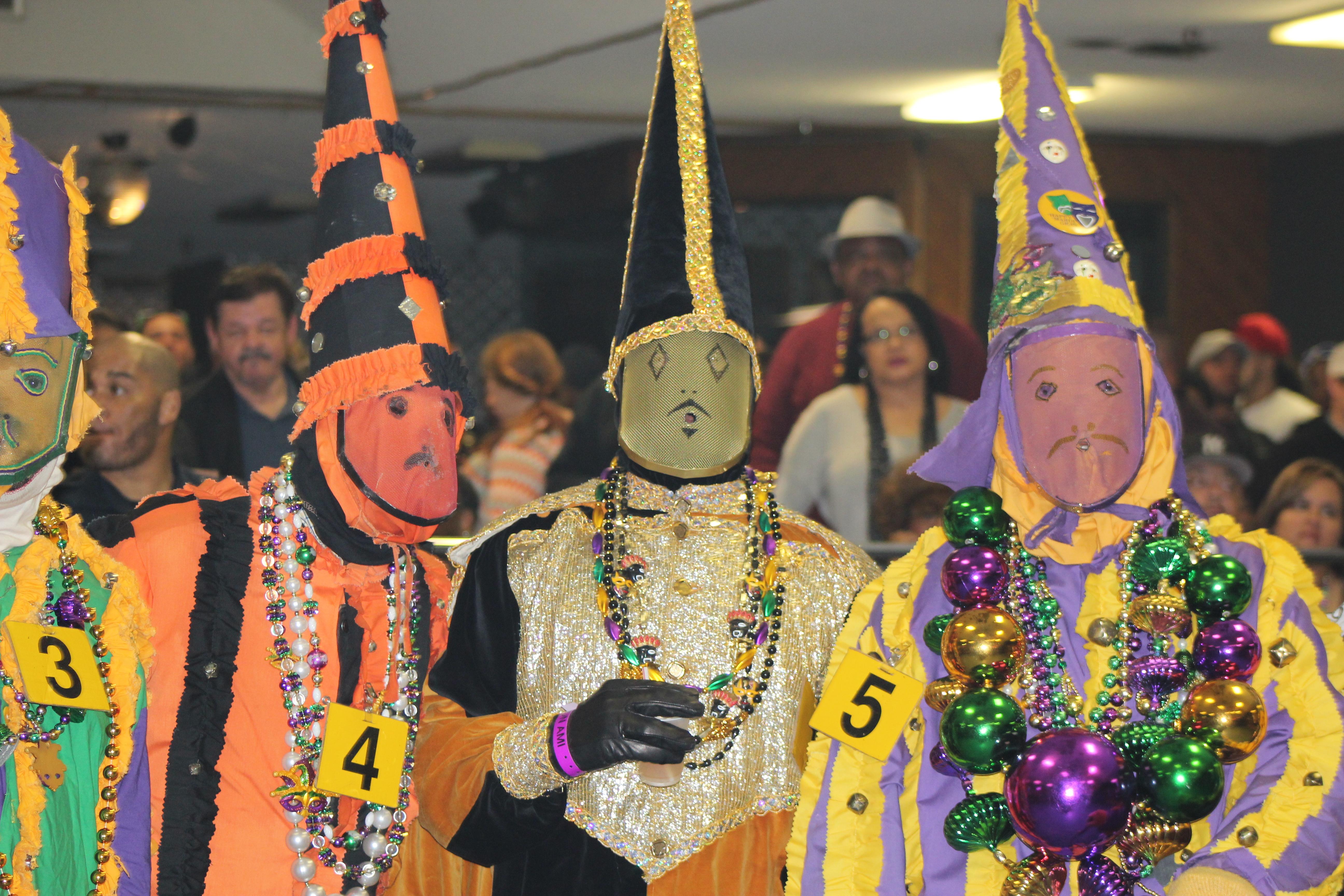 grand marais mardi gras parade