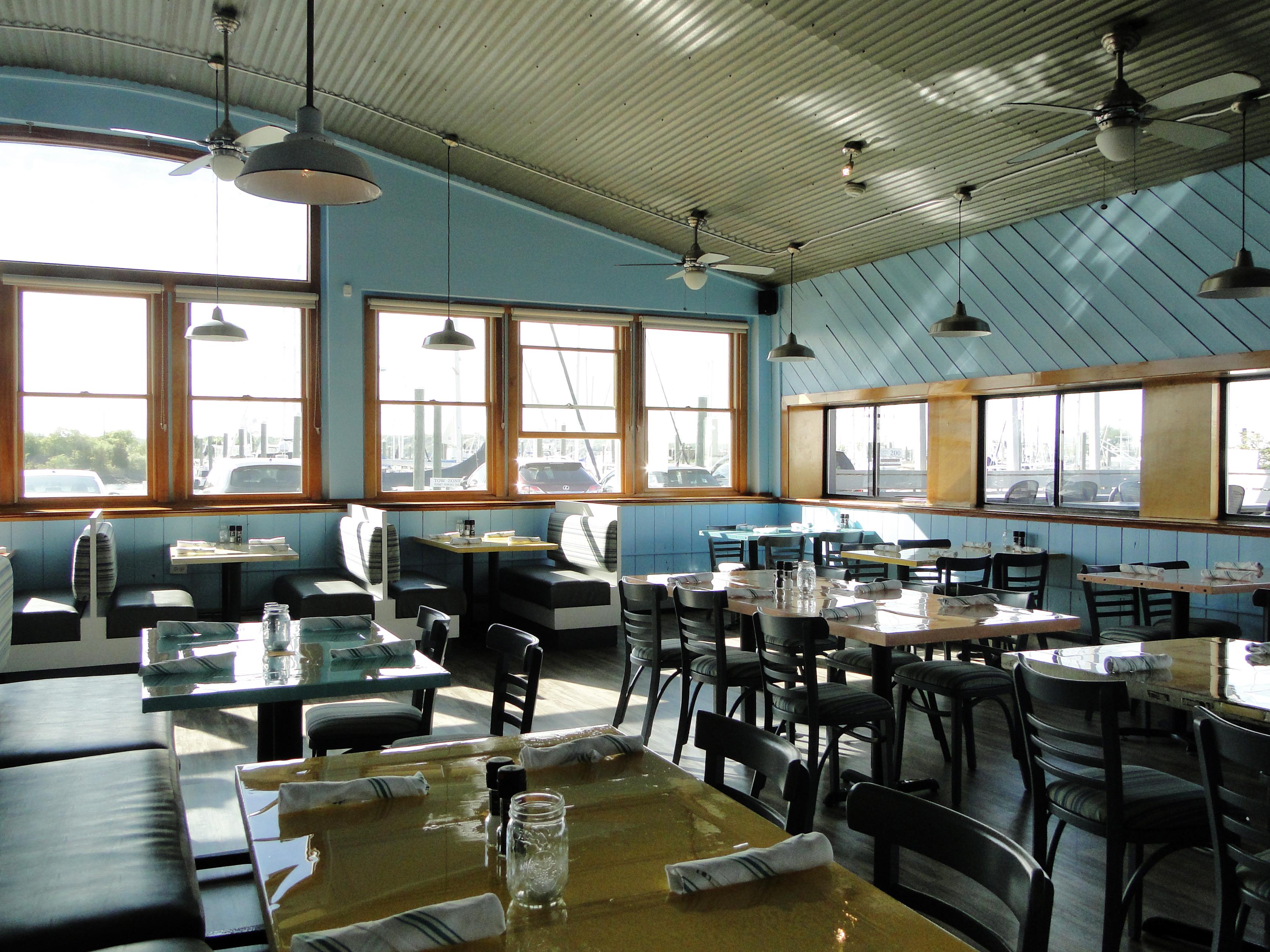 Gulf Stream Bar & Grille