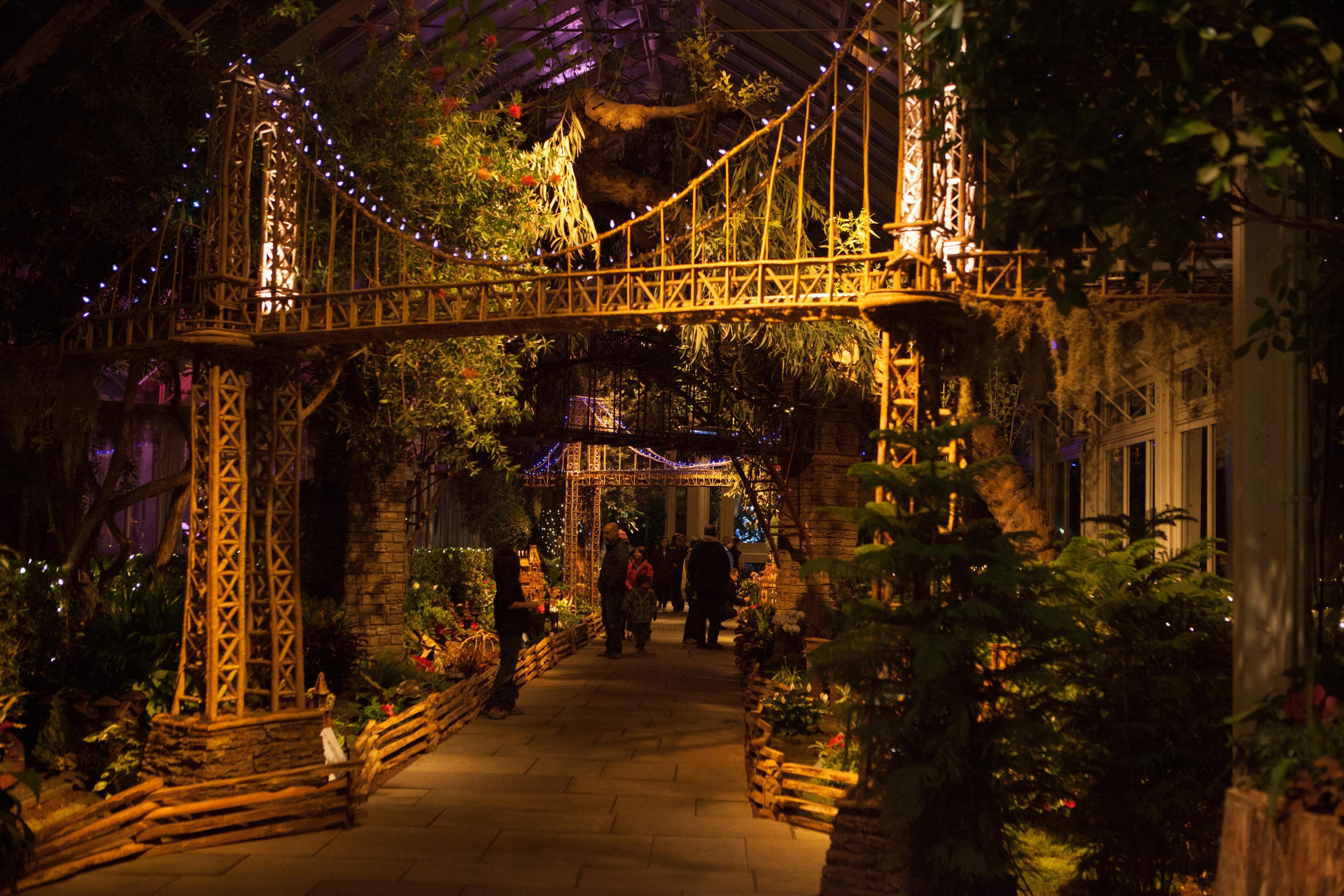New York Botanical Garden Bronx Ny 10458 New York Path Through