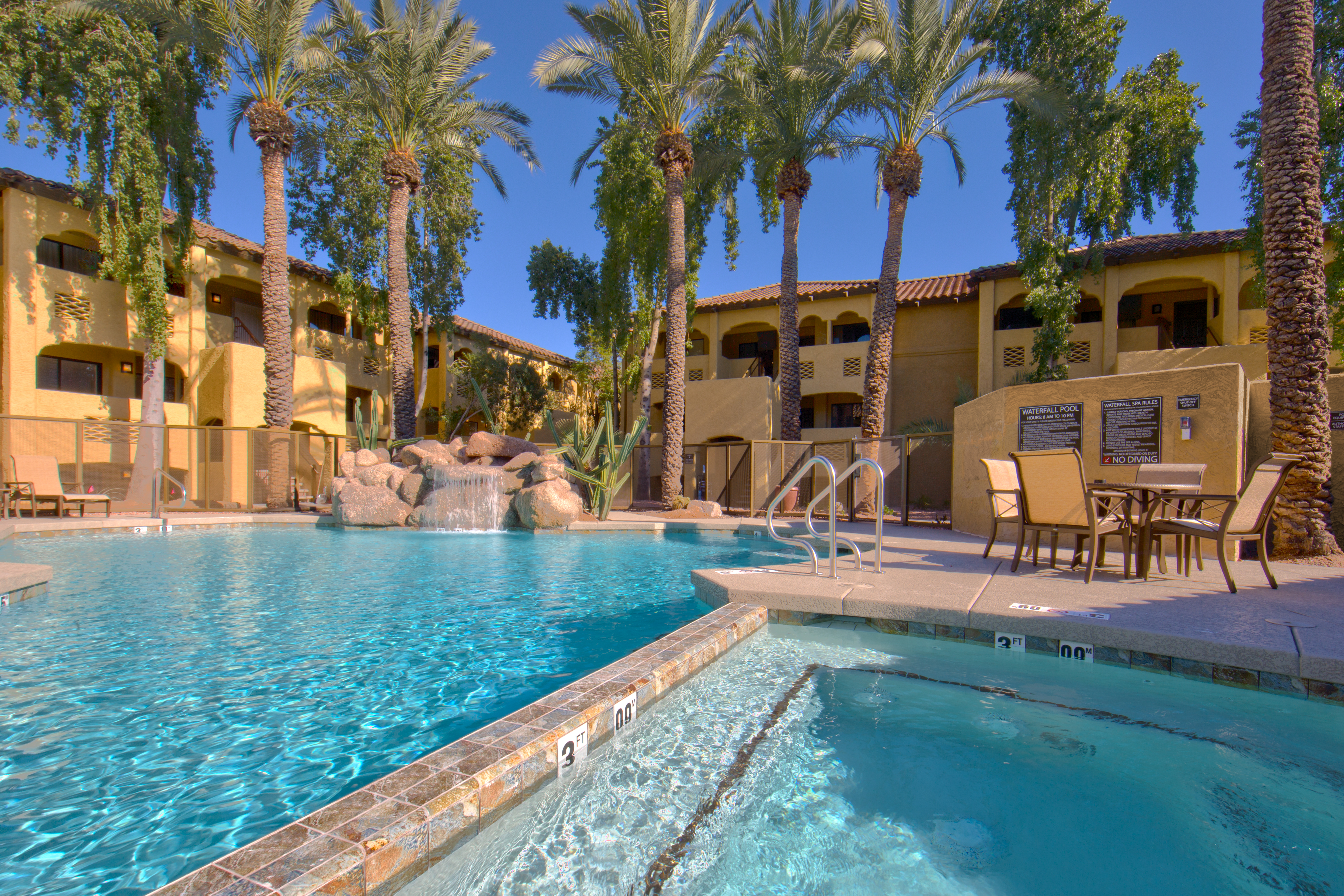 phoenix hotels, resorts, dude ranches, and bed & breakfasts