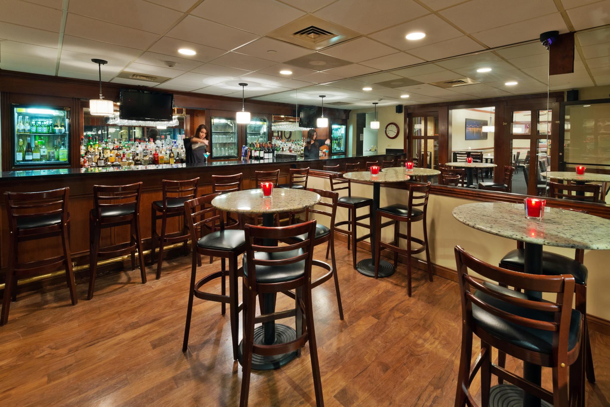 Forest City Pub at Radisson