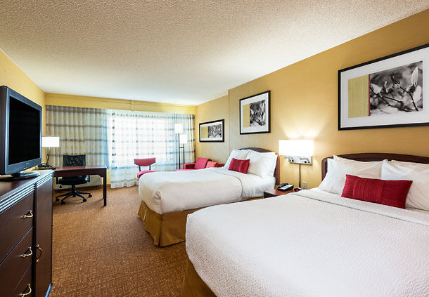 Courtyard by marriott salt lake city airport salt lake for Sofa bed hotel
