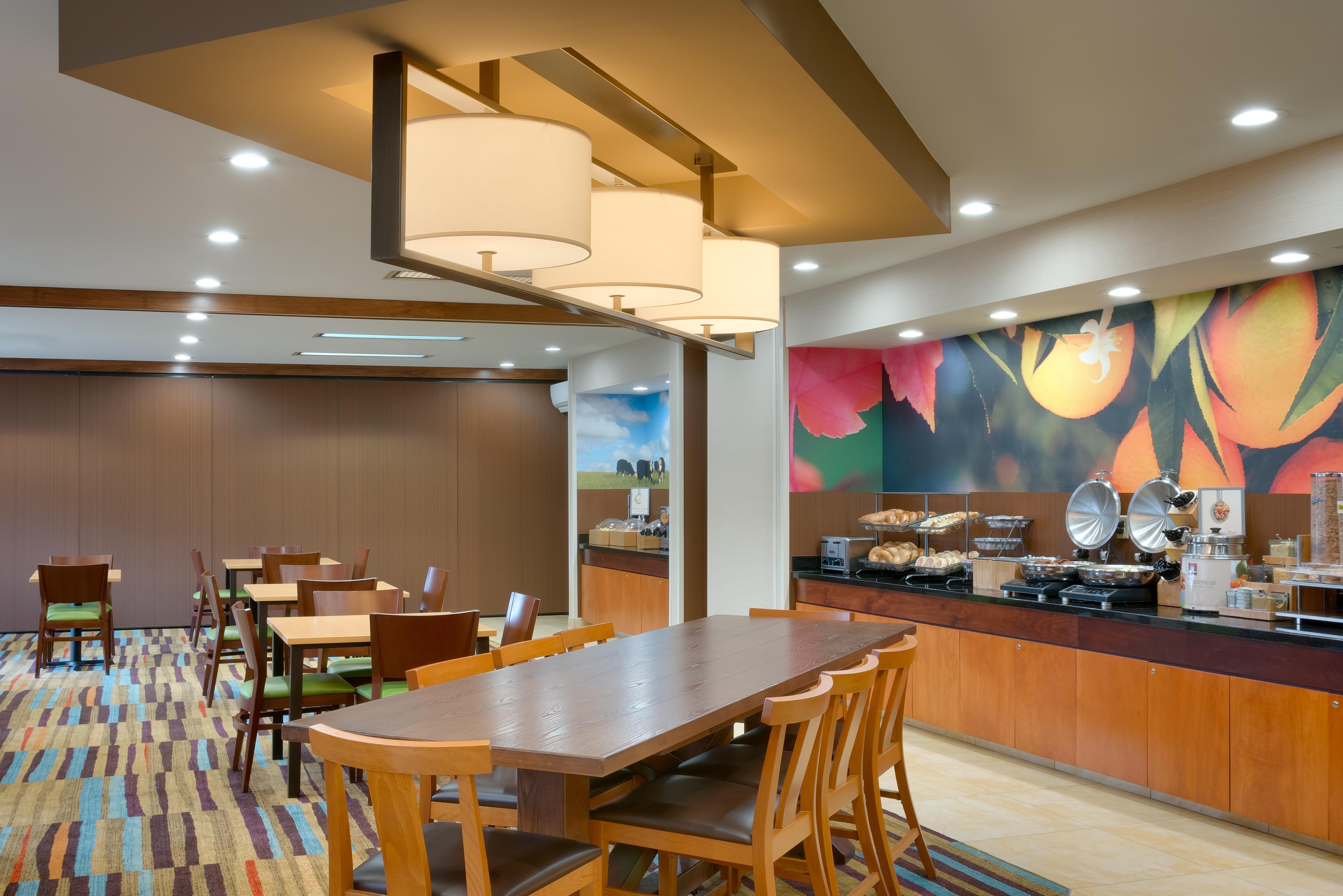 fairfield inn suites salt lake city airport salt lake. Black Bedroom Furniture Sets. Home Design Ideas