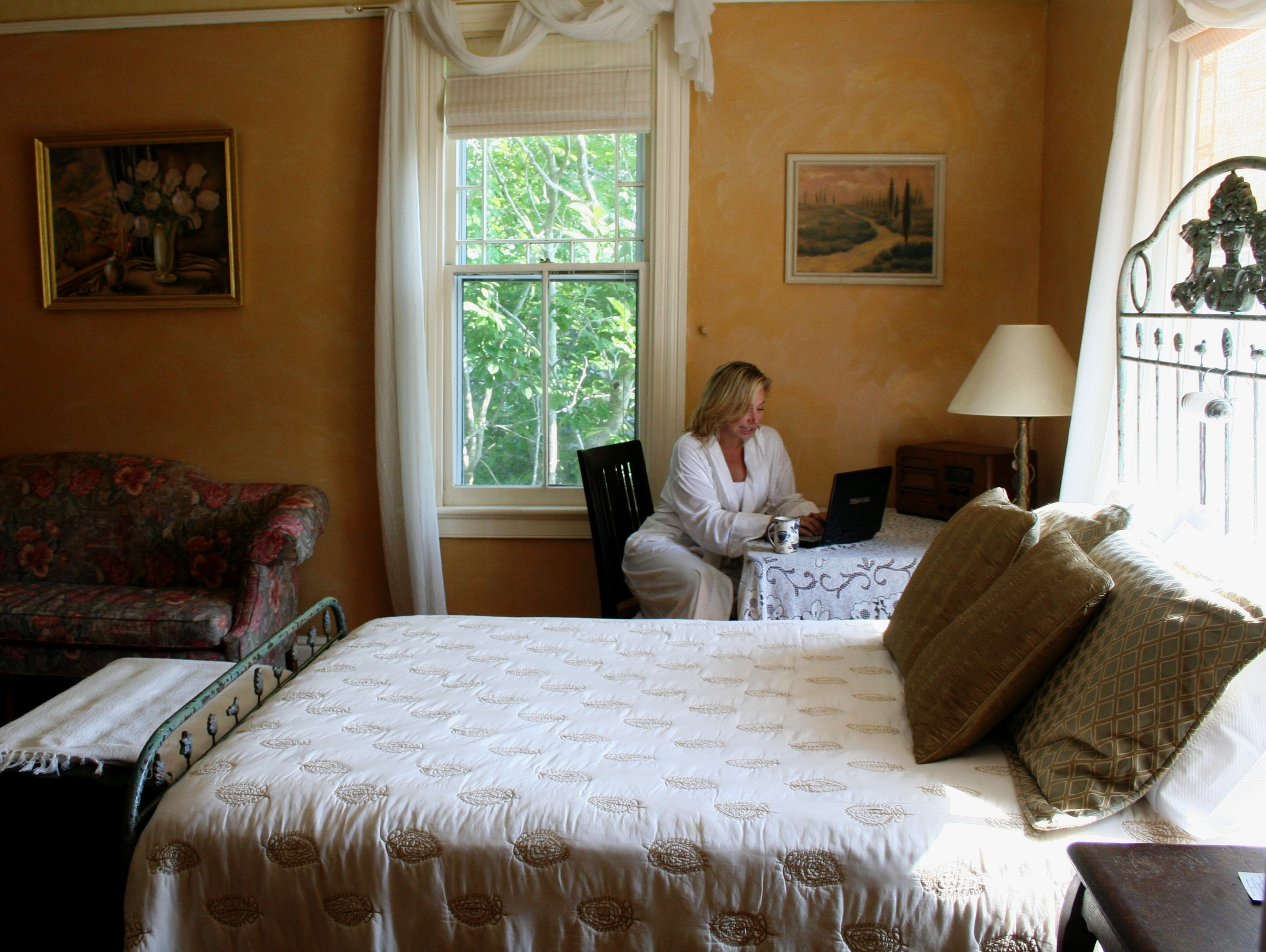 camellia cottage bed breakfast