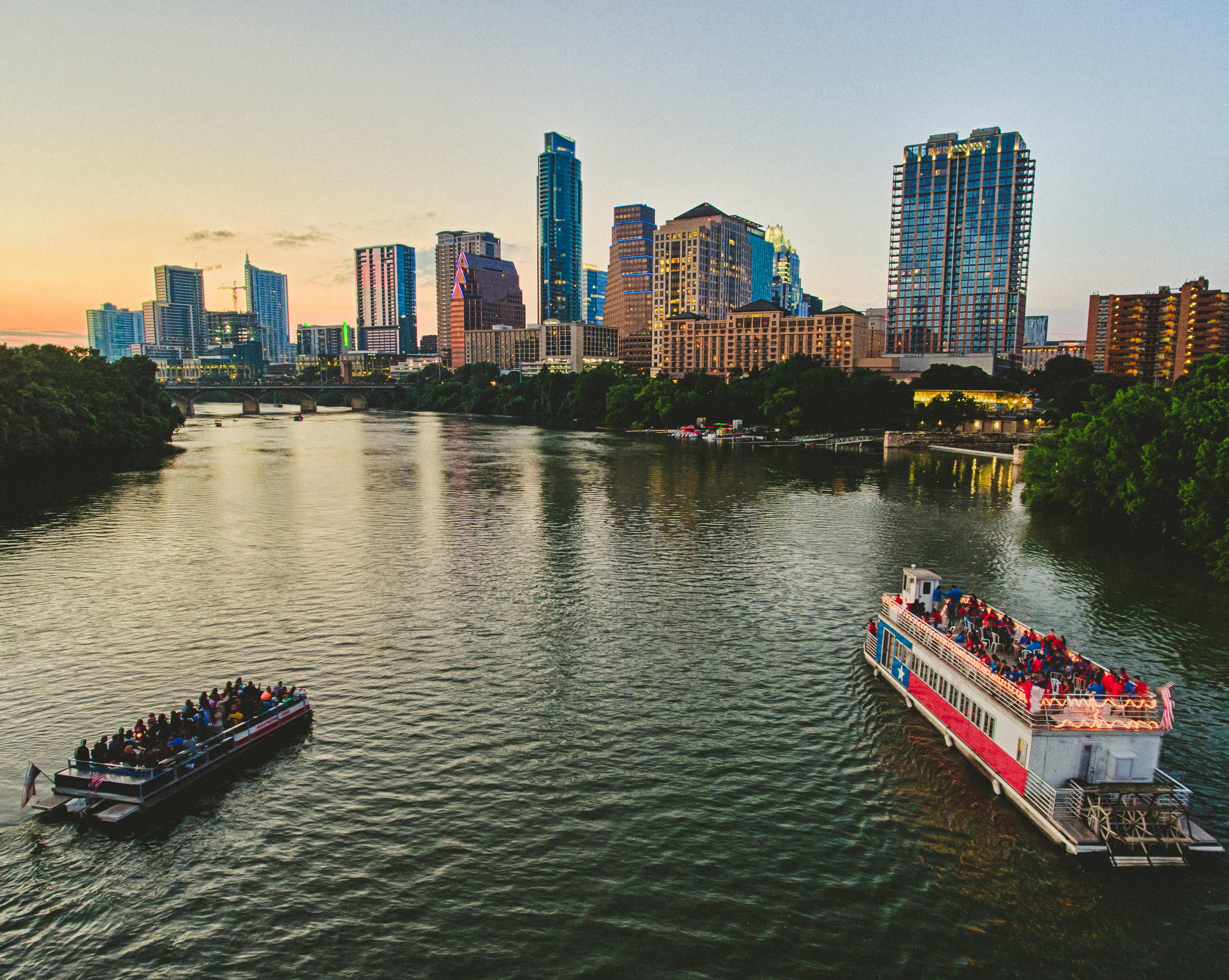 austin tx explore hotels music restaurants and things to do