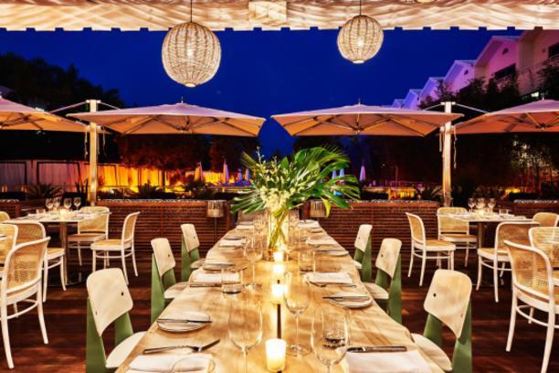 Nautilus Cabana Club Restaurant - Miami Restaurants