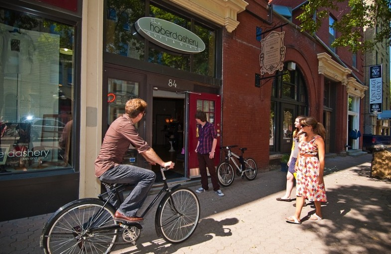 Cycle the city: Bike tours of Winnipeg and beyond