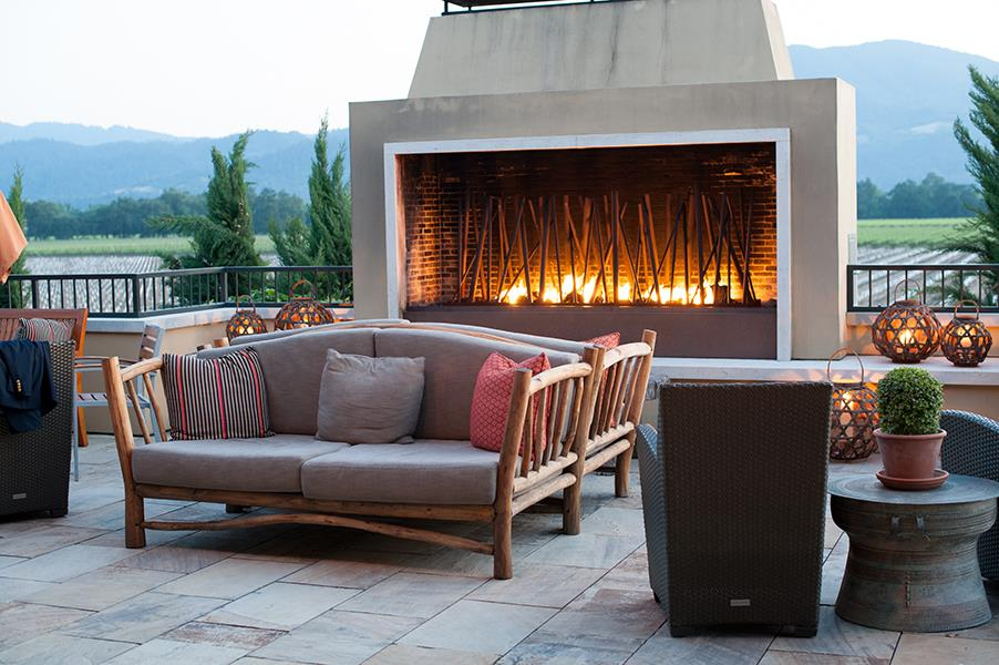 The Best Places to Lounge by the Fire - Round Pond Estate