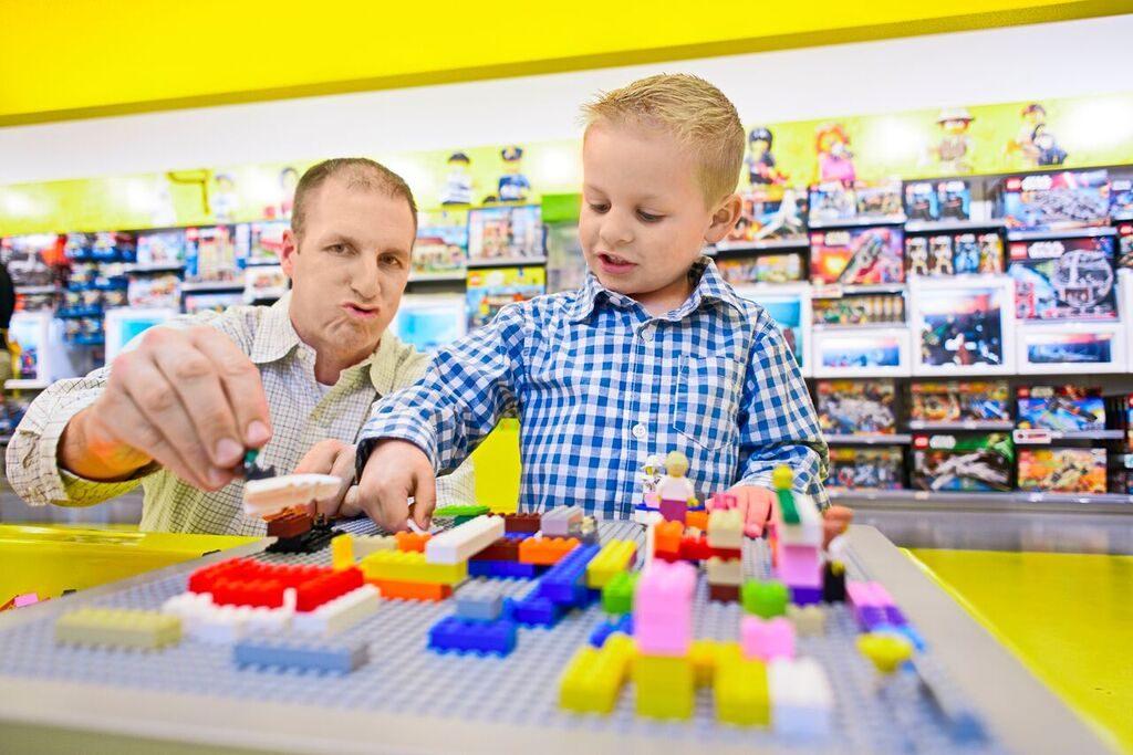 Lego Store 5