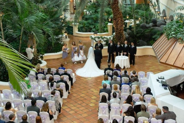 Foul Weather Fix: Host the perfect 'outdoor' wedding ...