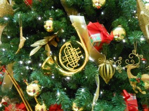 Here is a closeup of the Christmas Tree decorations at Von Maur - isn't the French Horn shiny?