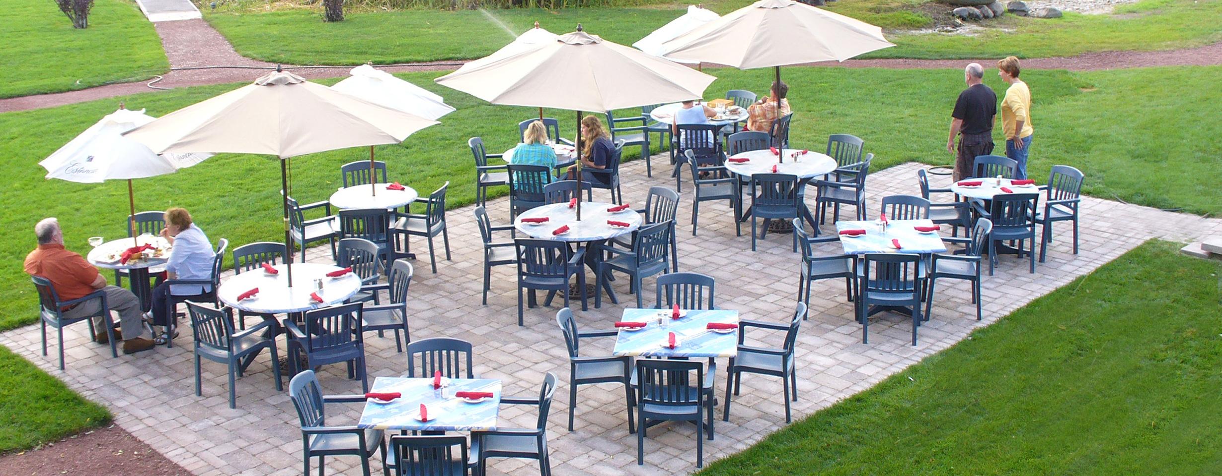 Mariner's Inn: Waterfront Dining