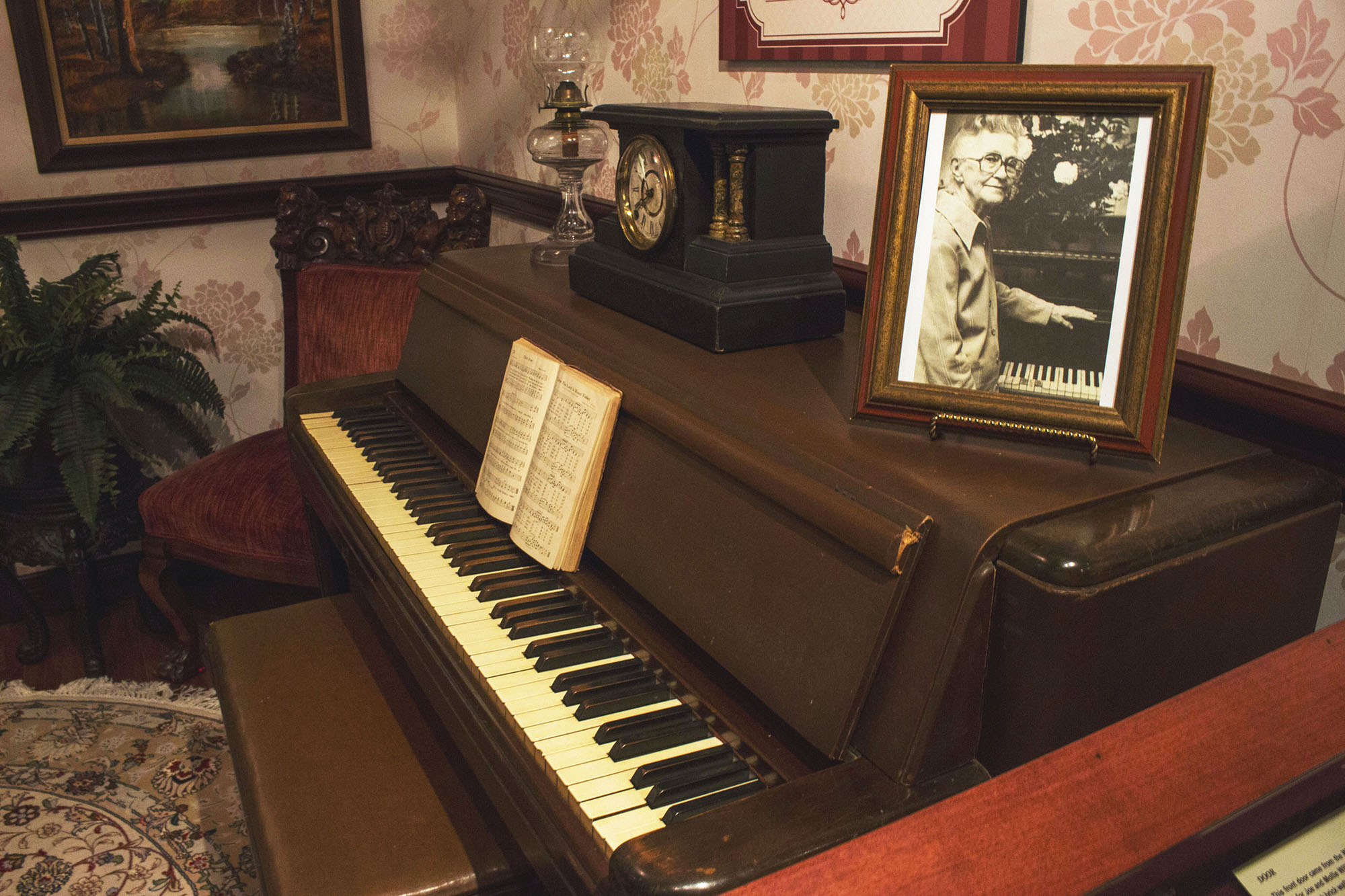 A Piano Sits Quietly at the Settlement to City Museum