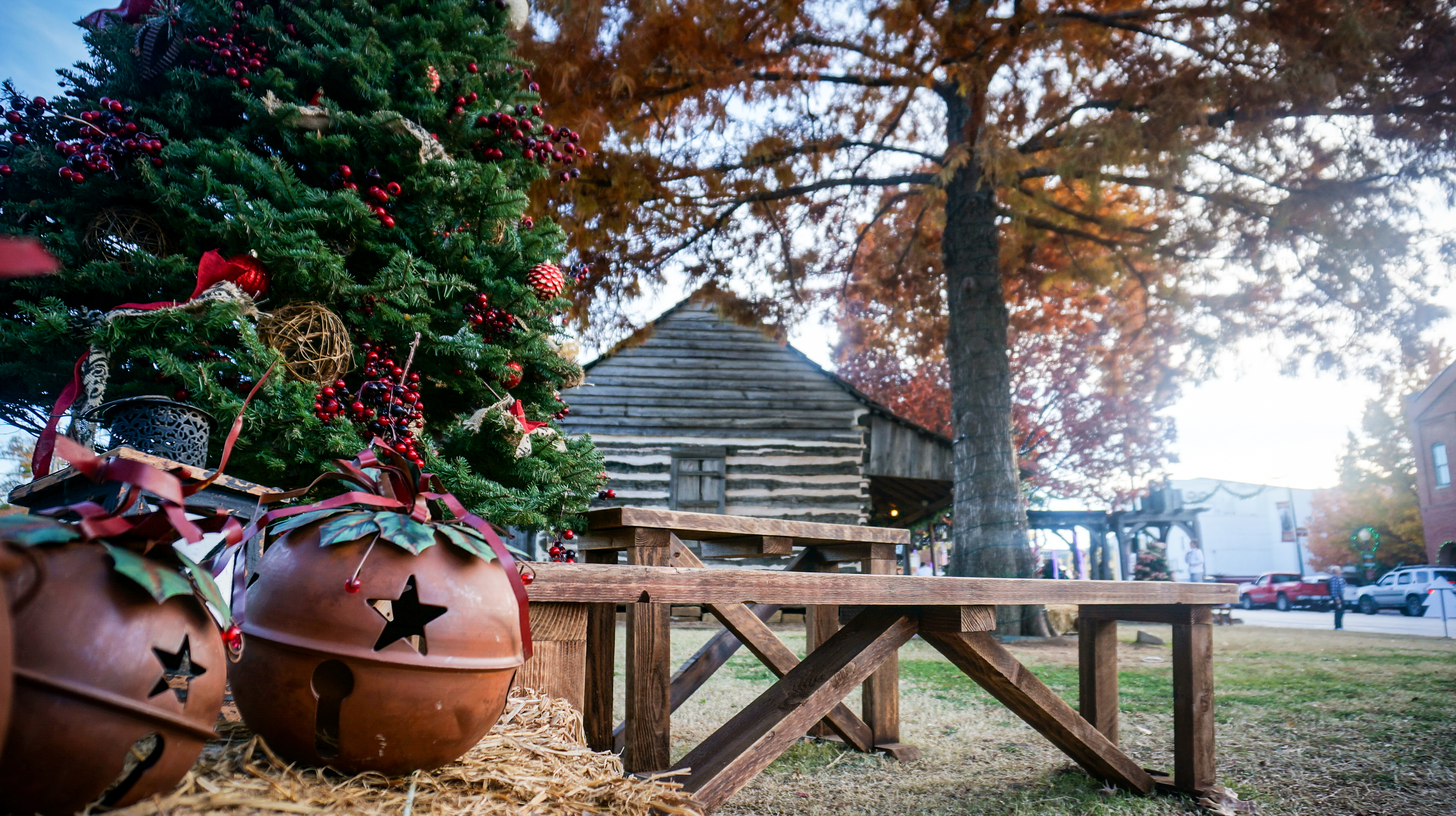 Holiday Photo Fun at Torian Cabin