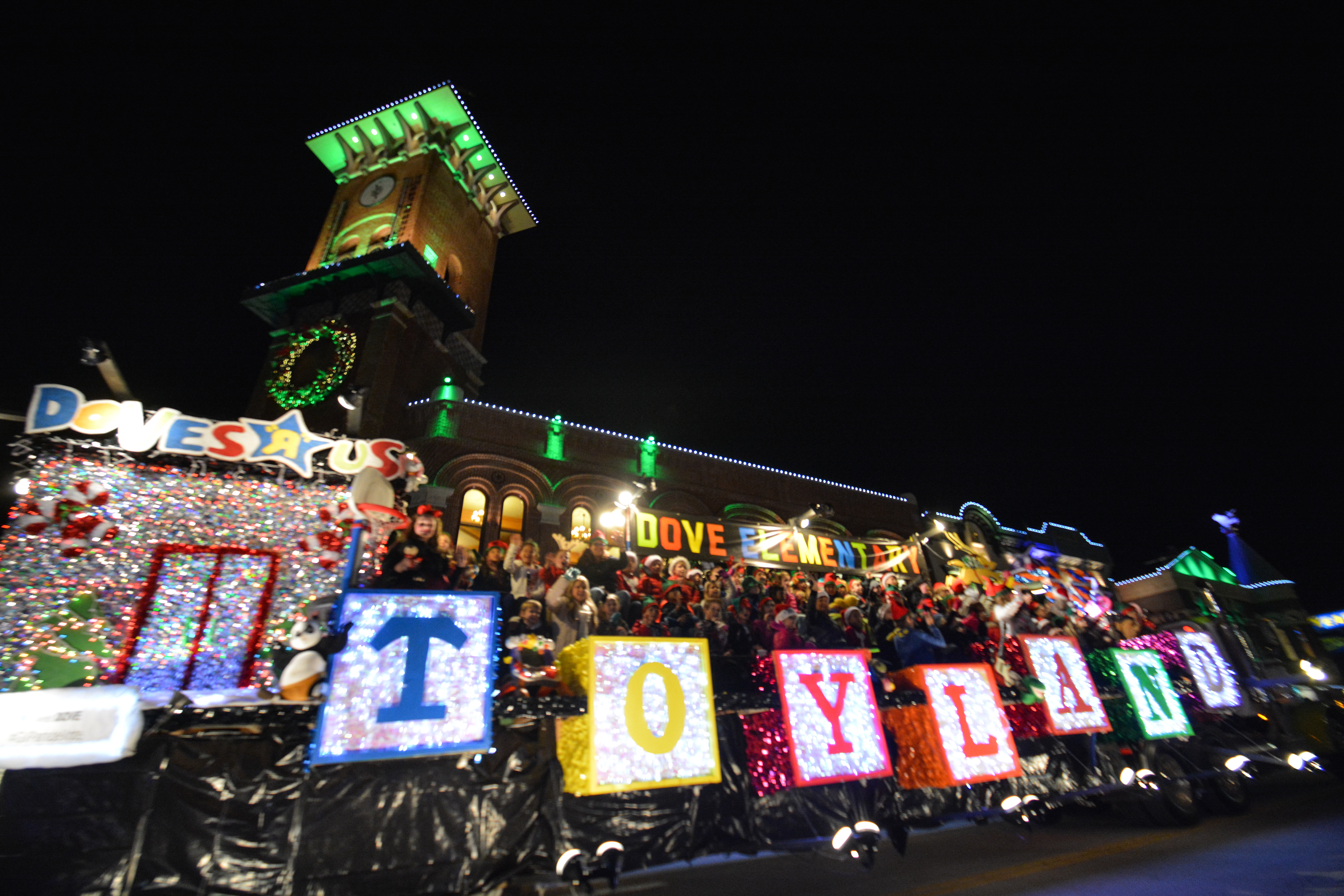 Spreading Christmas Cheer in Grapevine