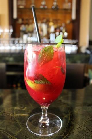 Cranberry Spice Mojito