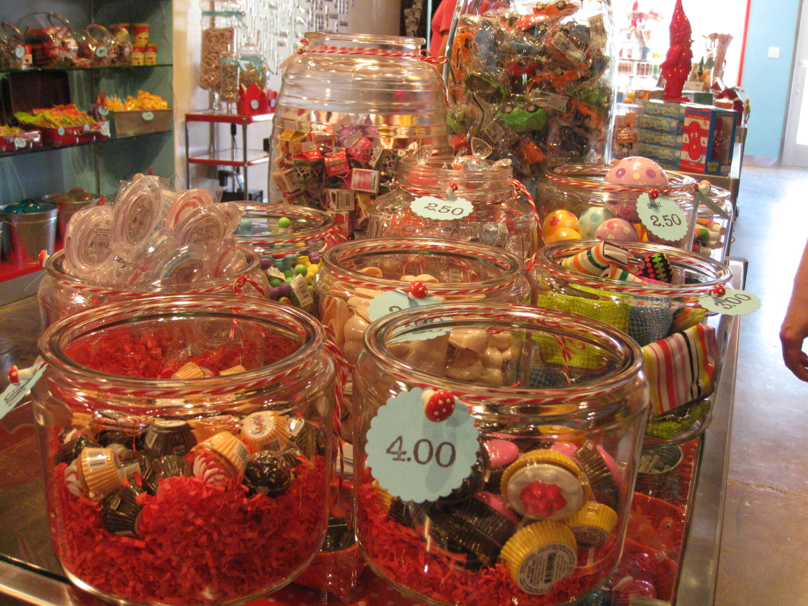 Candy, games, toys at Smeeks