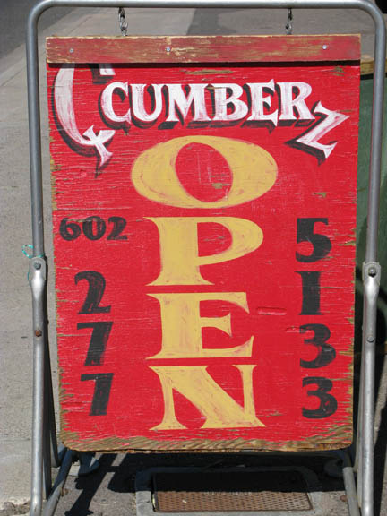 Qcumberz sign