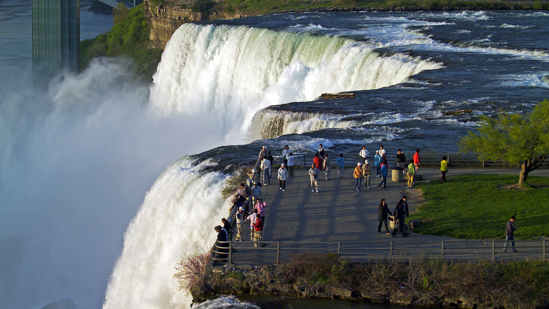 10 Amazing Waterfalls Around The World You Need To See