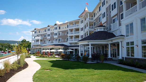 Watkins Glen Harbor Hotel