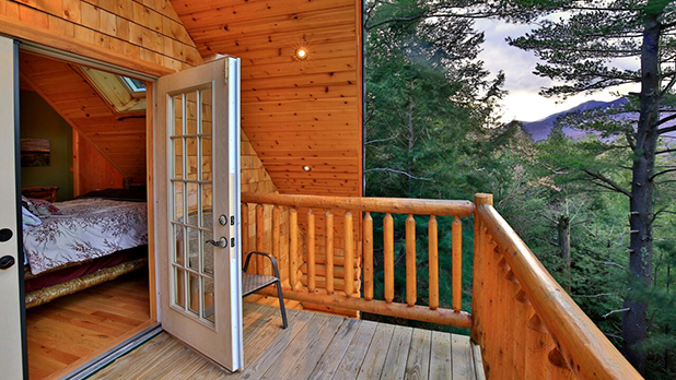 Rustic Adirondack Log Cabin Chalet