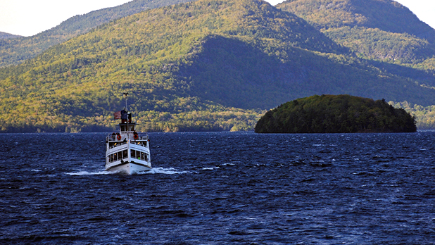 Mohican Boat Cruise Lake George
