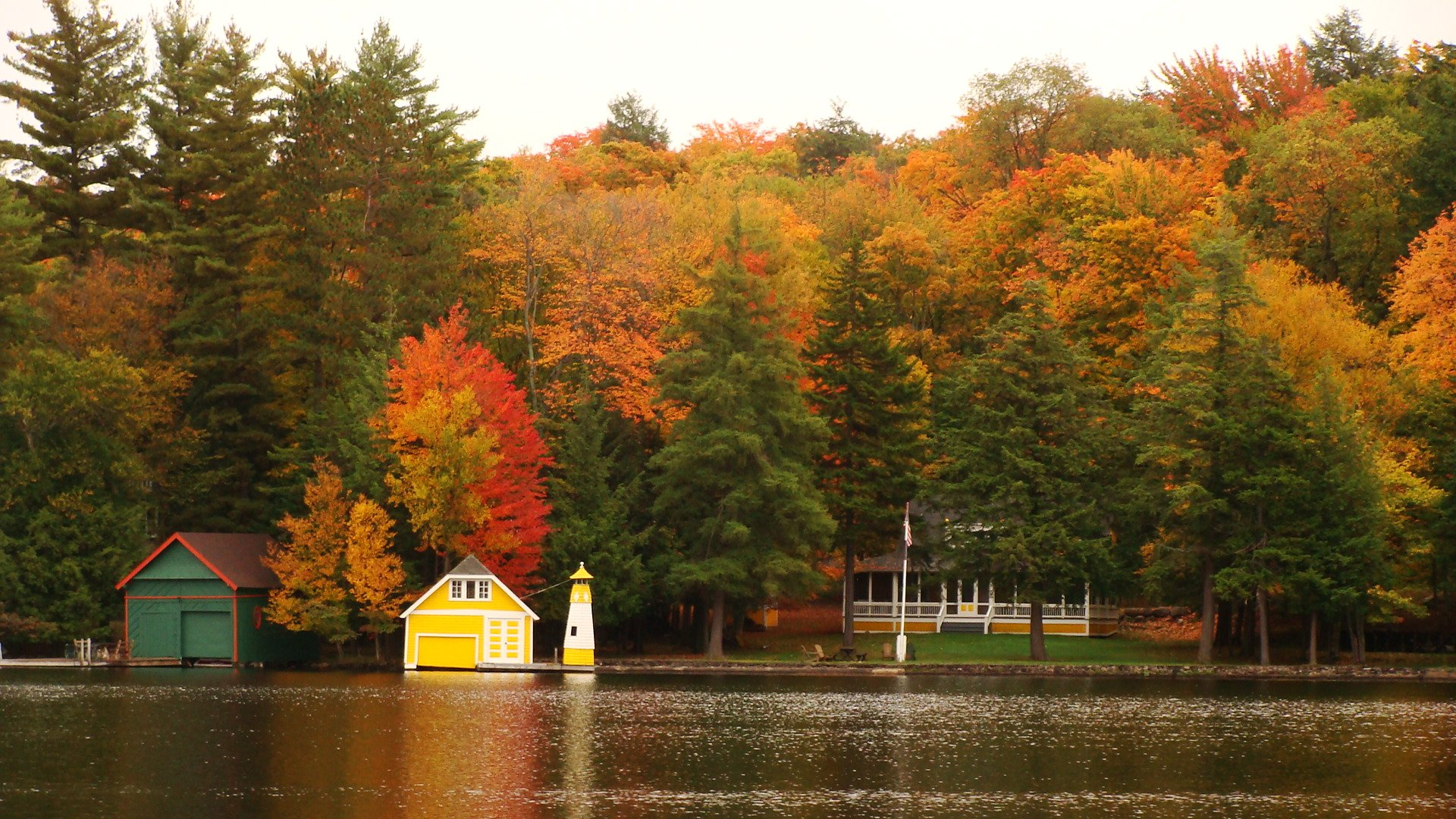 Vibrant Peak Foliage Expected To Make First Appearance In