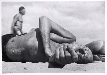 Leon Levinstein, Coney Island, ca. 1954
