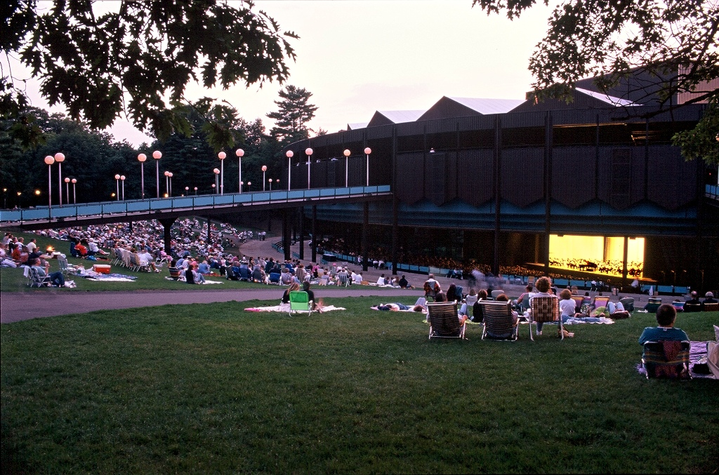 In Saratoga Springs, catch an exciting show in the 5,000-seat outdoor amphitheatre at Saratoga Performing Arts Center. The hot summer schedule includes top pop stars, the New York City Ballet, the Philadelphia Orchestra, opera, chamber music, and cool jazz festivals. (Photo: Darren McGee, NYS DED)