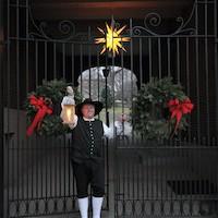 ChristmasInBethlehem_HistoricBethlehemWalkingTours_DiscoverLehighValley