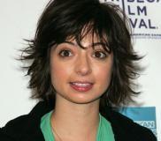 kate-micucci-hair