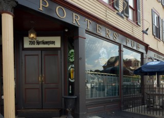 Porters-Pub-July-16,-2013-10-IMG_2353-Edit