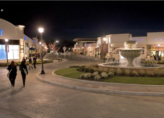 Promenade Shops at Saucon Valley1