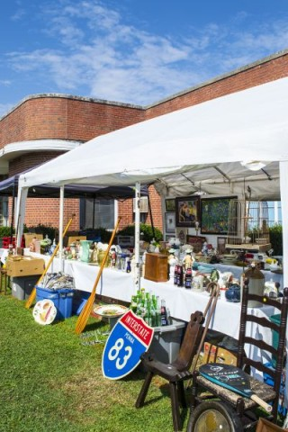 Antique Vendor Booths in Selma