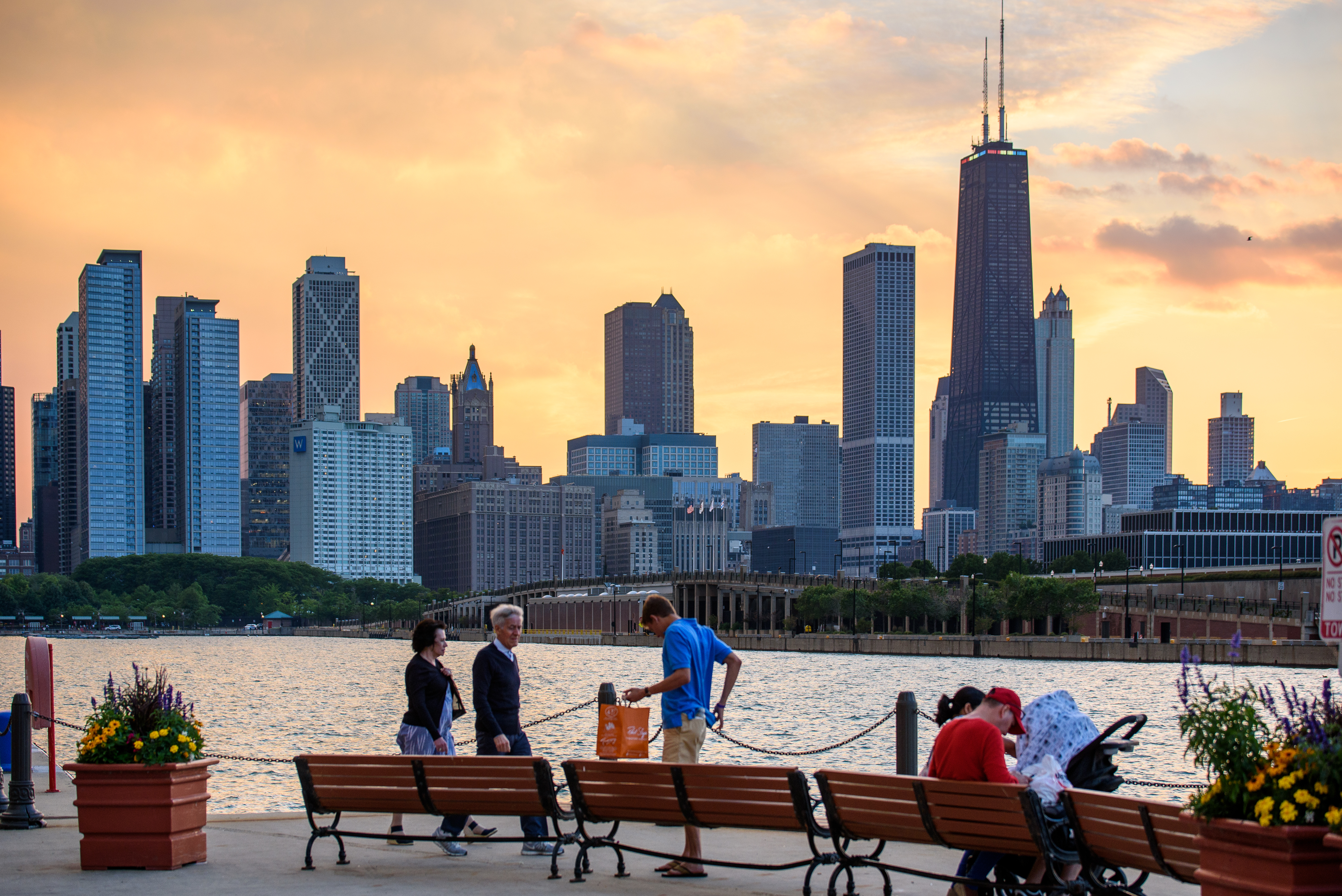 navy pier events attractions find cruises shows dining