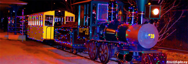 Polar Bear Express train - ©www.RiverOfLights.org