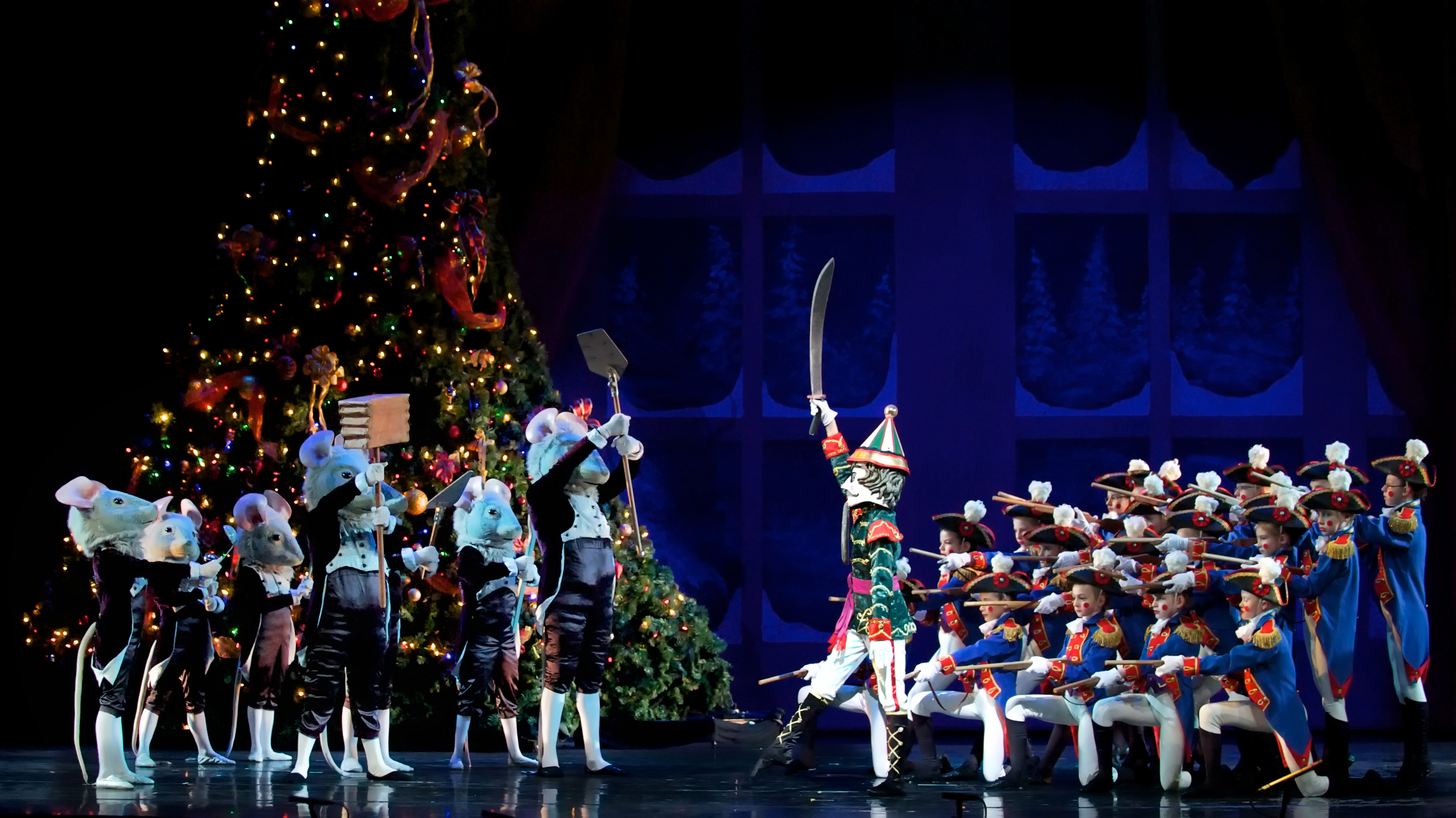 Holiday Events In Raleigh N C Raleigh Christmas Parade First